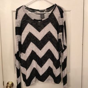 Black & white chevron sweater